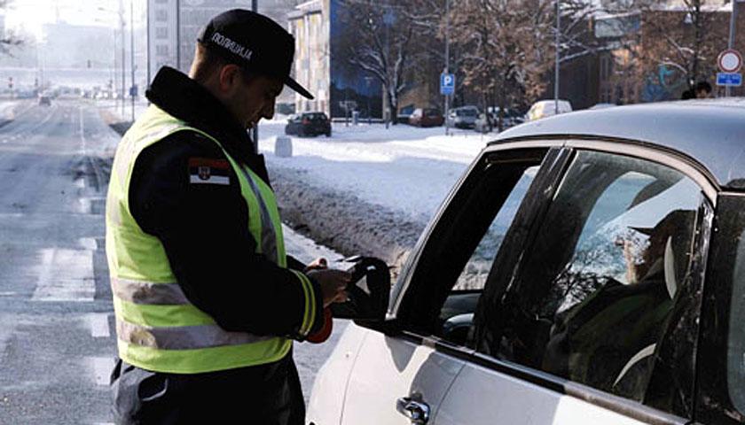 Policija tokom proteklog vikenda iz saobraćaja isključila 24 vozača